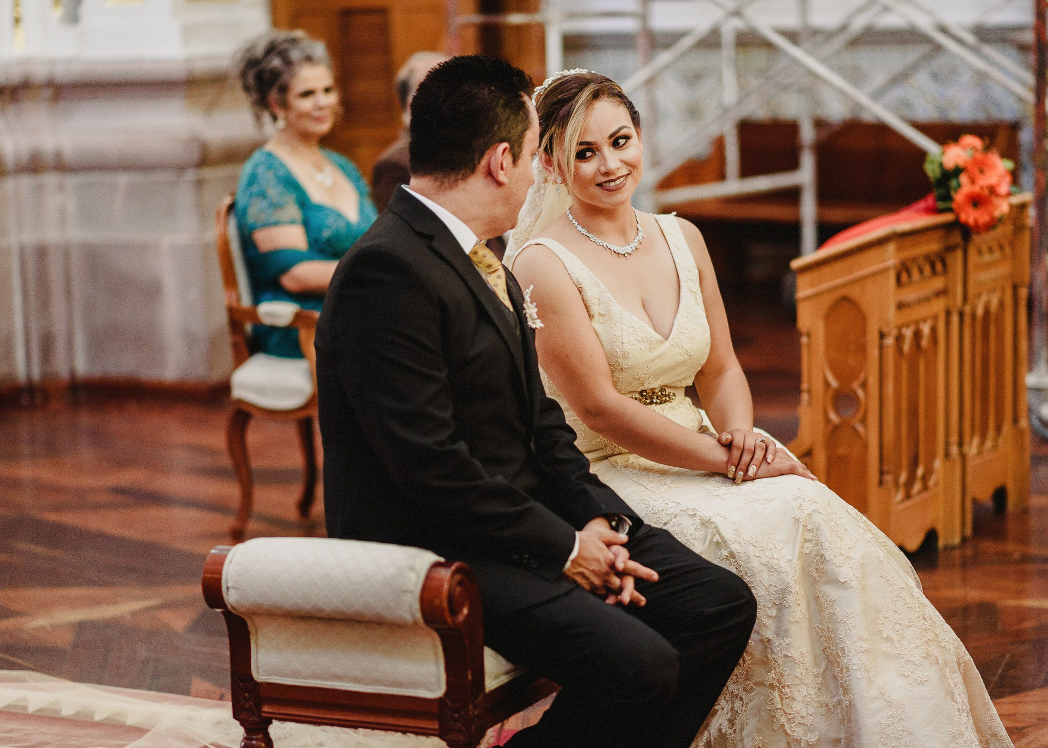 02boda-wedding-ceremonia-templo-barrio-del-encino-aguascalientes-fotografo-luis-houdin51
