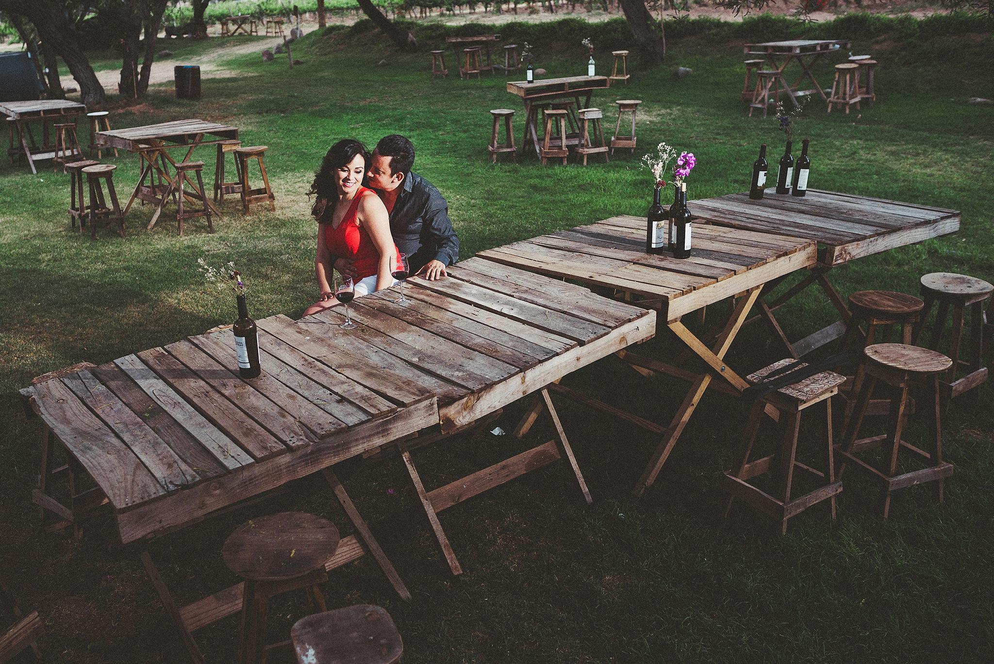 divertida-sesion-preboda-vinedo-hacienda-de-letras-pabellon-de-arteaga-luis-houdin-fotografo146