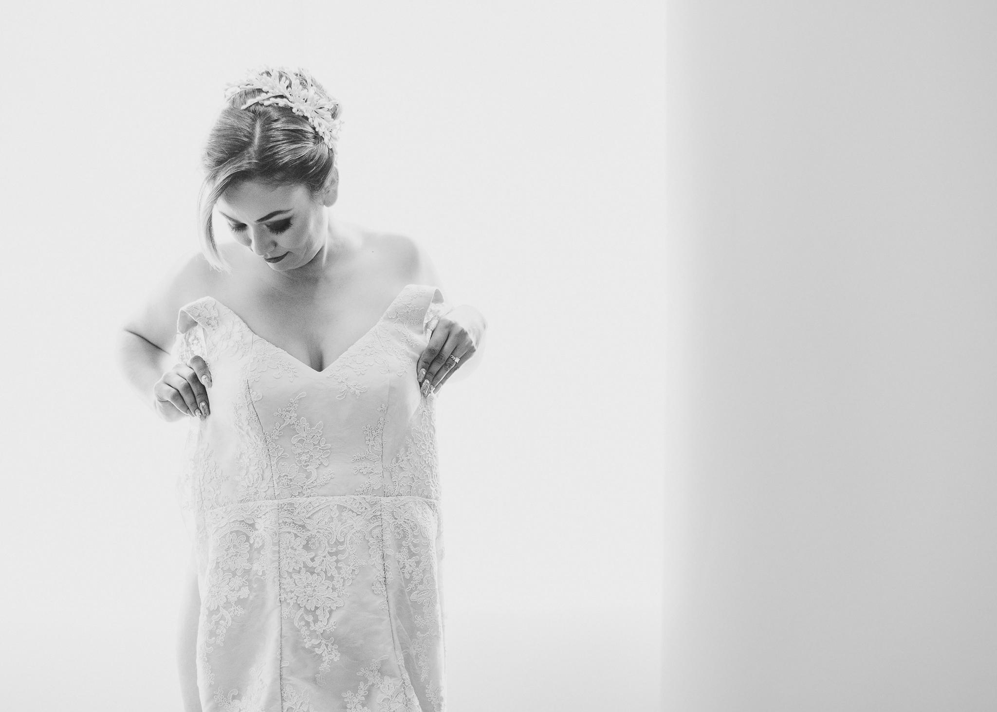 01getting-ready-wedding-hotel-las-trojes-boda-preparativos-fotografo-luis-houdin37