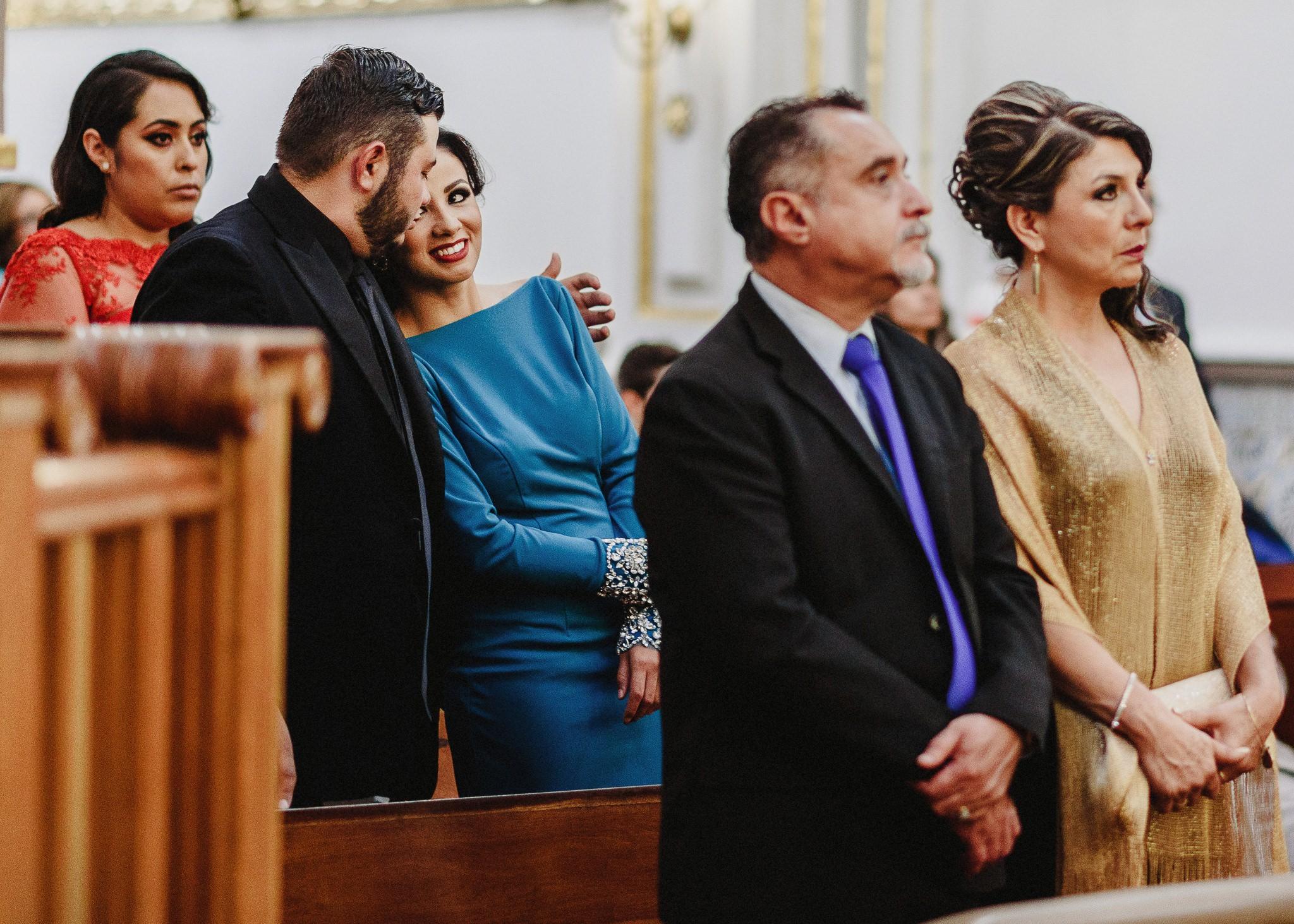 02boda-wedding-ceremonia-templo-barrio-del-encino-aguascalientes-fotografo-luis-houdin52